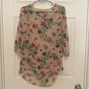 How Very Loved Boutique Blouse Shirt Size Small